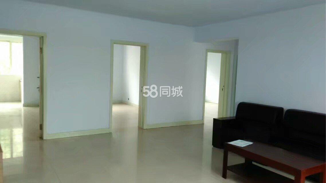军休家园一楼出租3室2厅1卫