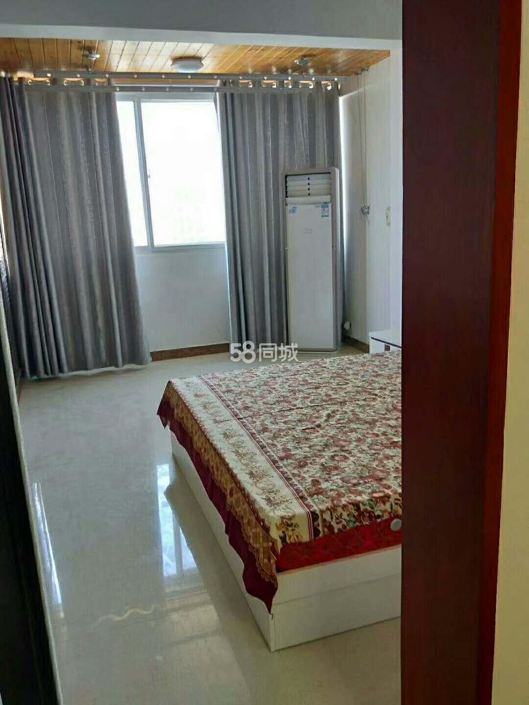 阳光丽城3室1厅1卫