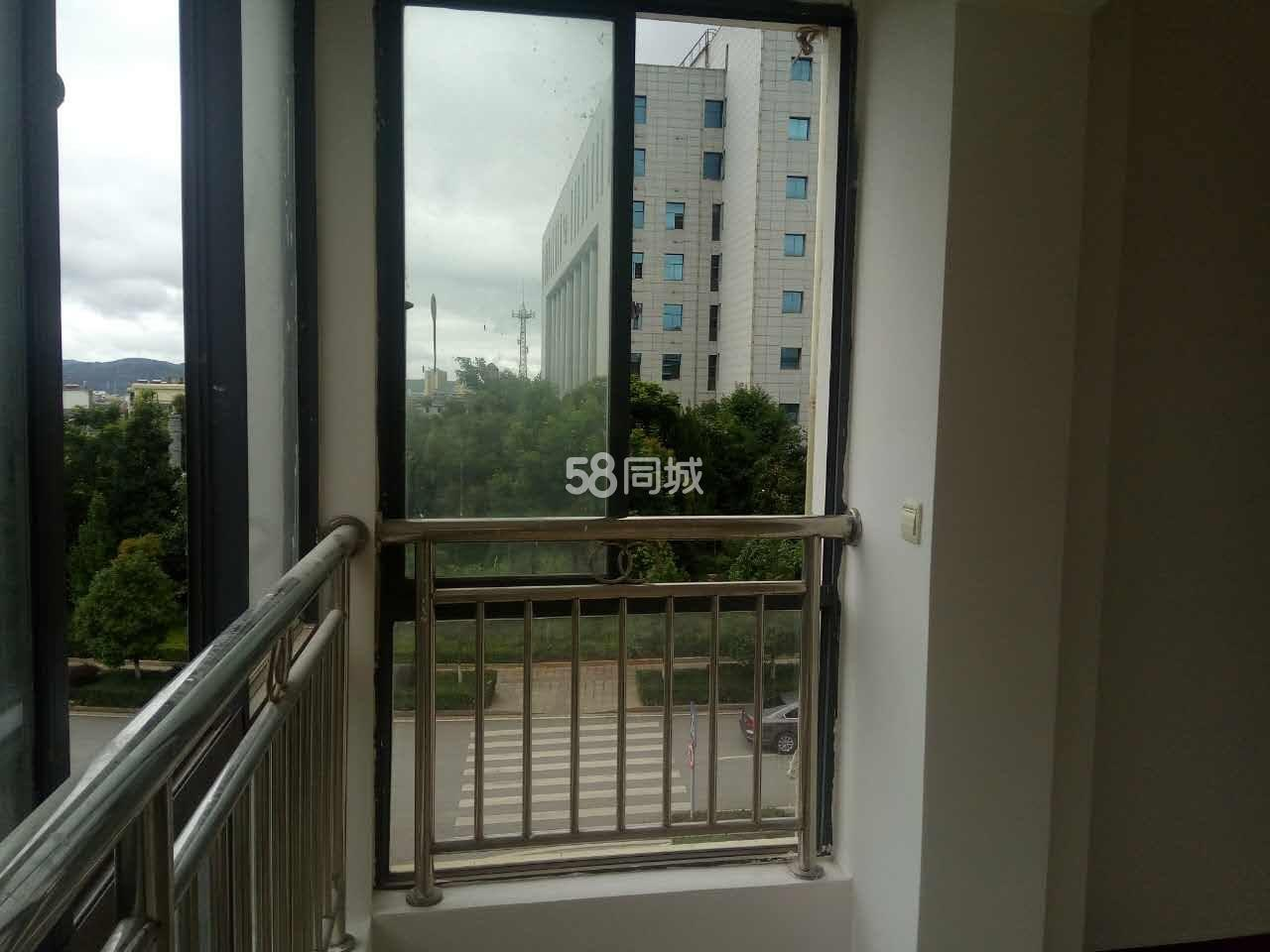 云帆馨苑2室2厅1卫