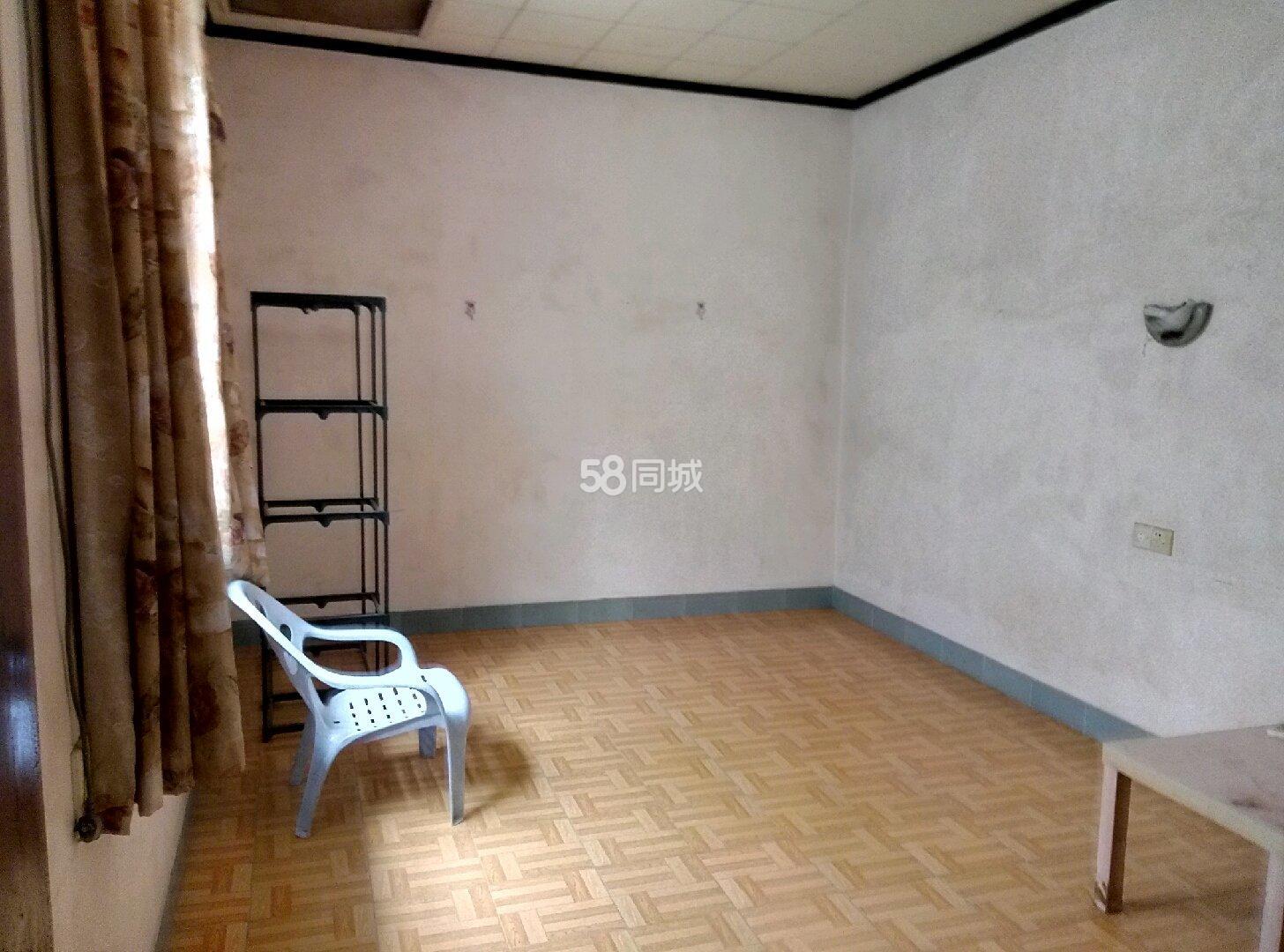 潮州各路段花园区4室2厅2卫