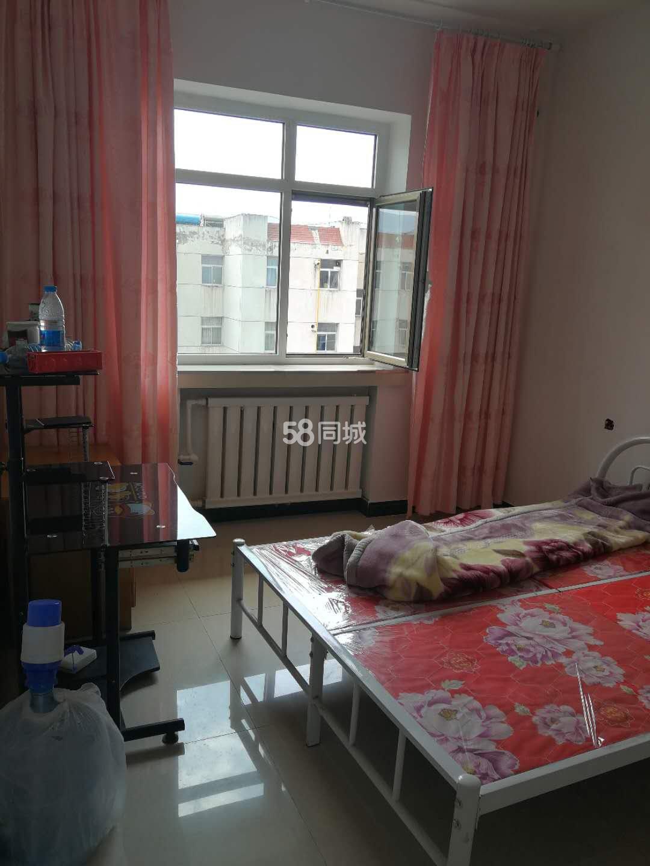 三和园宾馆2室1厅1卫