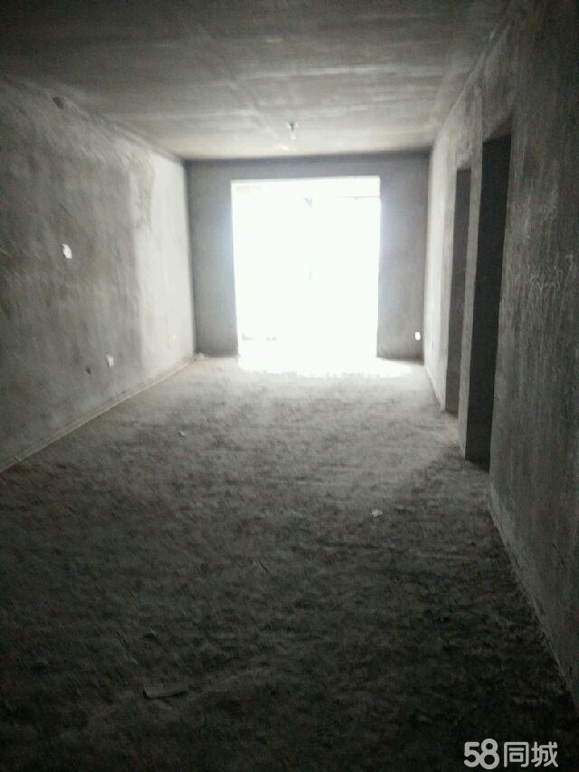 急售方鼎托斯卡纳现房2400元每平方3室2厅1卫
