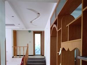 前锋区滨河路汽车站3室2厅2卫133.5平米