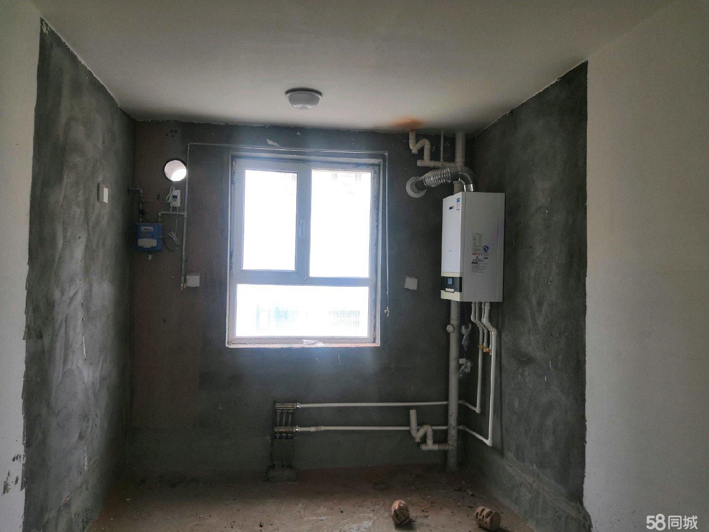 两室两厅一卫房子位置好。边上都是学校,学区房