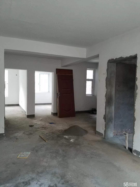 腾龙小区3室1厅1卫