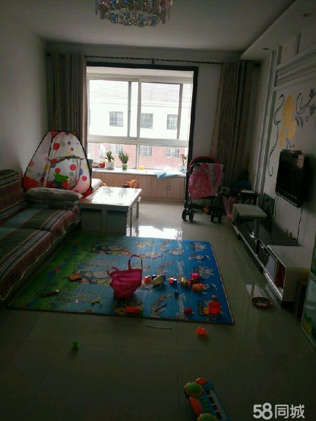 卢龙阳光水岸2室2厅1卫