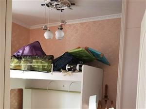 维多利亚一期豪装房东装修50多万3室2厅2卫