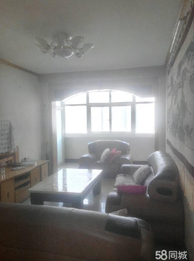 北京路/畛河路(路口)3室1厅1卫