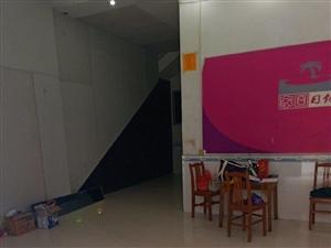 政府小街8室3厅8卫