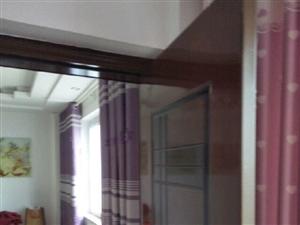芳盛嘉园3室1厅1卫刚装修2年