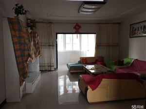 泸县恬景阳光3室2厅2卫139�O