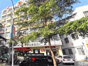 市中心工行新楼商住皆宜套房(厅约30平米)3室1厅2卫