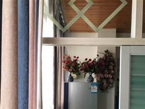 【租】精装2室电梯公寓家具家电全齐拎包入住!