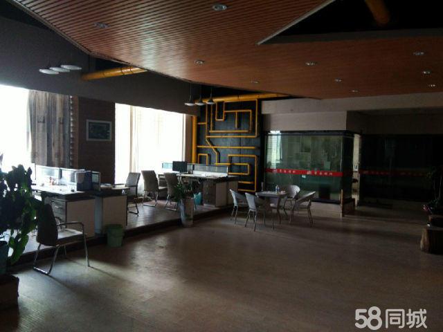 思茅北部区5室2厅600平米精装修年付