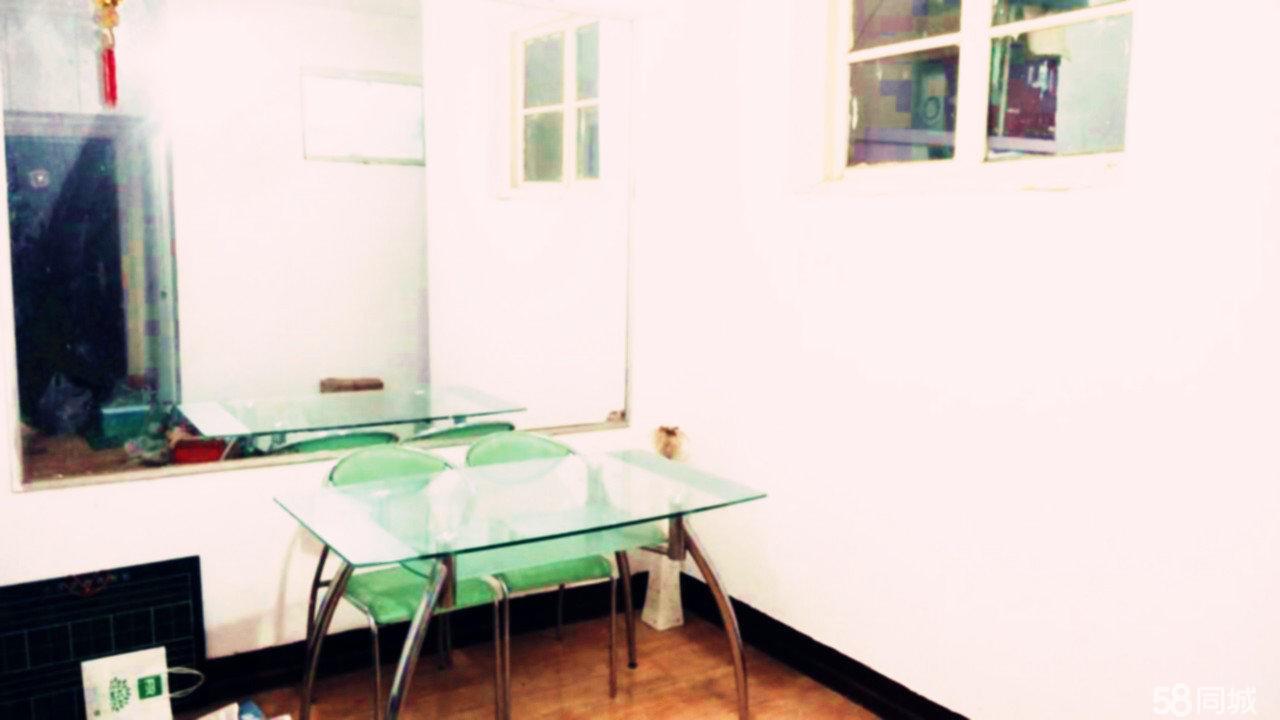 川汇审计局老家属1室1厅1卫69平米