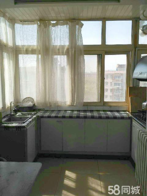 海翔路热电厂2室1厅65平米简单装修年付