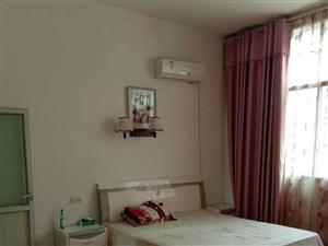 上梭有房出租4室2�d1�l