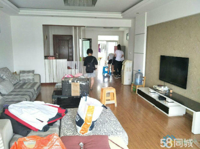 铜仁周边大电新区3室2厅154平米精装修押一付三