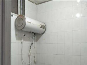 【金博大对面,5500一年】洗衣机,空调,热水器,冰箱床都有