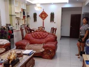 西郊滨江国际3室2厅130平米精装修押一付三