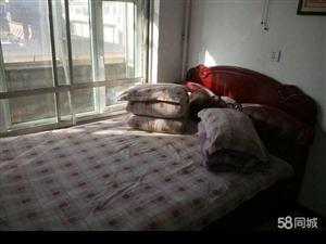 一中教育家属楼4室2卫0厅
