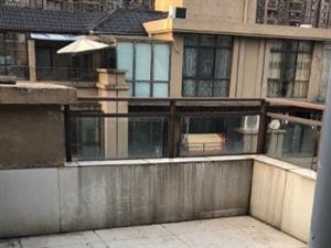 急售!城市花园精装楼梯复式楼带杂物间