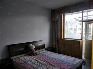 出租悦华附近中等装修五层现房,欢迎看房