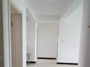 昱馨家园124平中装家具家电齐全