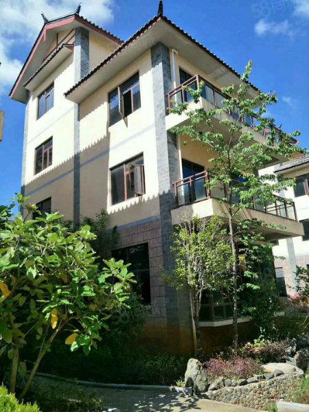 云大旅游学院旁边精装现房公寓,30平月收益1900元