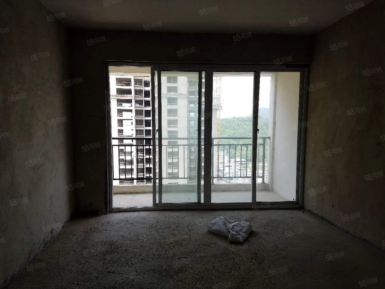香悦公馆3室电梯房、业主首次隆重降价急卖!户型方正采光通透