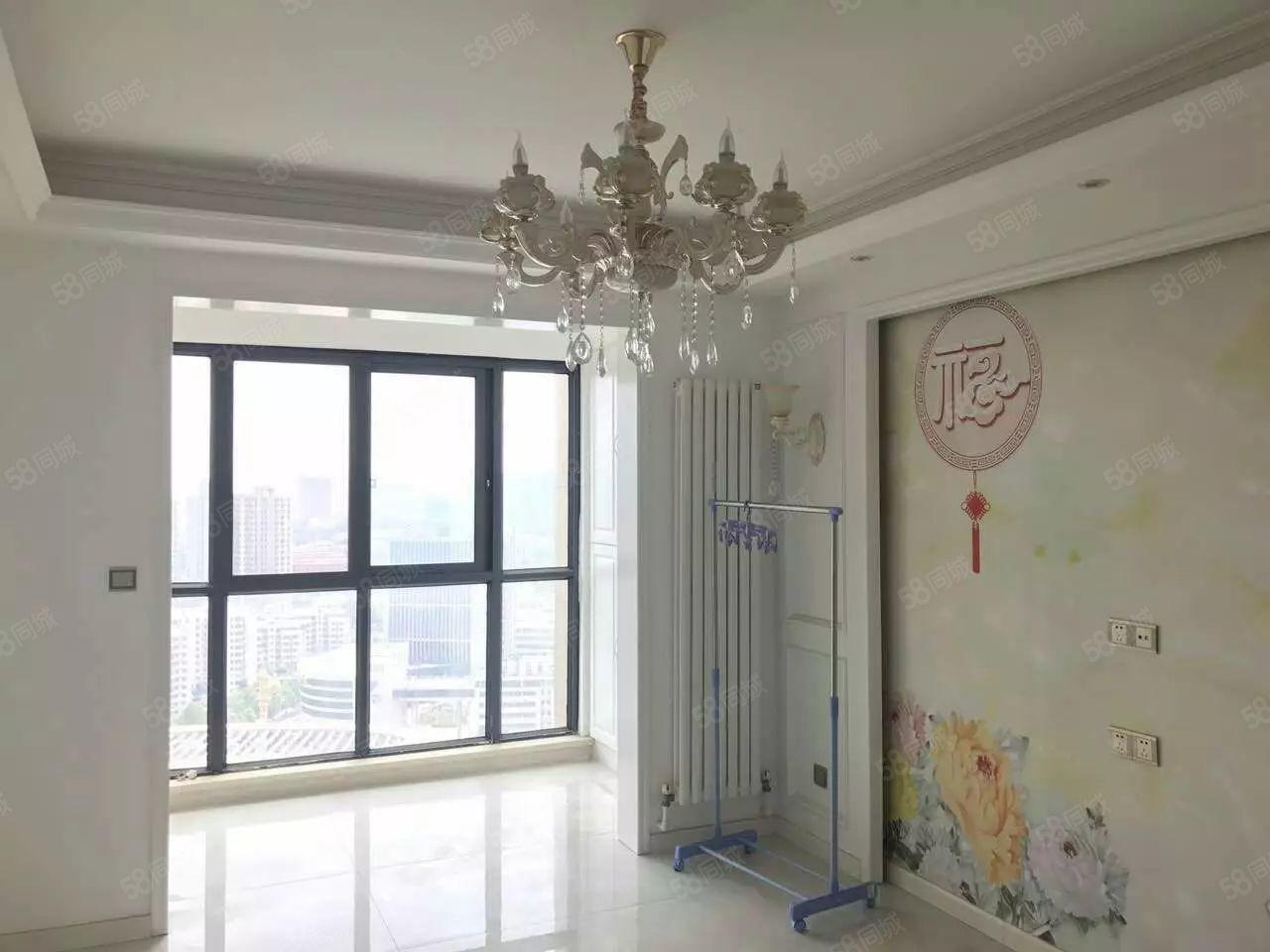 枫杨外国语旁万丰慧城两房,双气,有房本,可直接过户