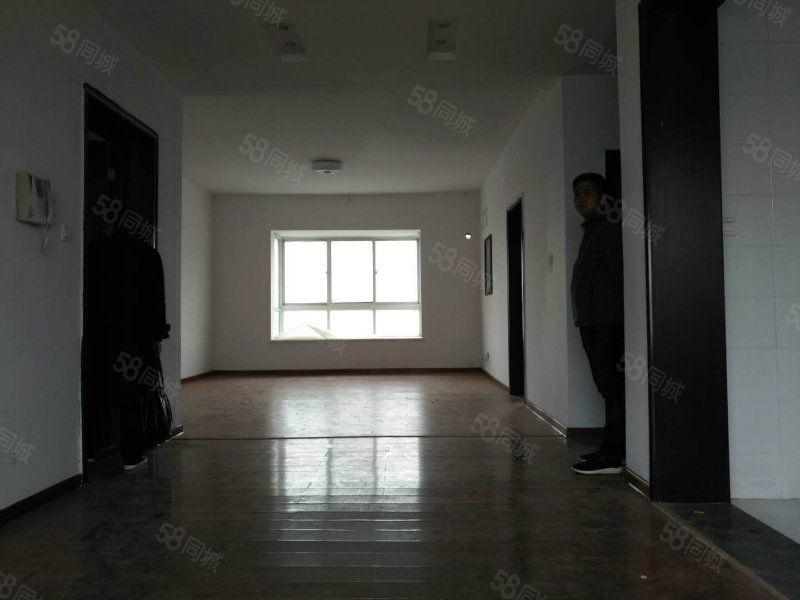 急售吉房温哥华6层5楼南北通透五室朝阳送个大平台