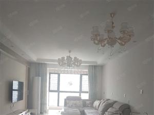 华南城龙湖锦艺城大四房家电齐全拎包入住随时看房