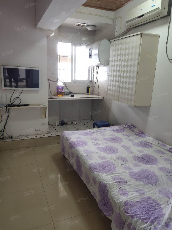 信义街电梯1室1厨厕空调液晶电视全自动洗衣机冰箱热水器600