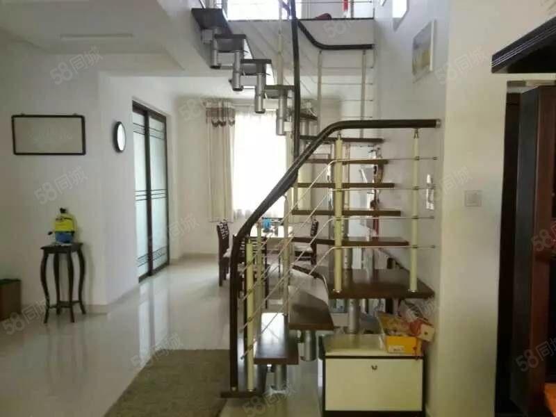 锦绣春天3楼4楼复试繁华地段4室2厅2厅211平