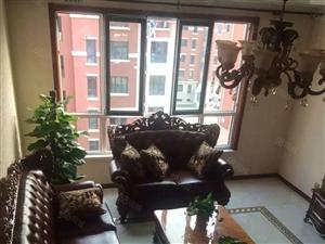 红赫世家,豪华精装,契税已满两年,送18平储间,60平阁楼。