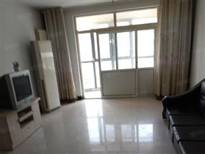 金辰大厦地板砖2室空调1200元