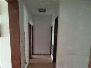西关三街,130平米,三室两厅。有储,月租金600,有暖,六