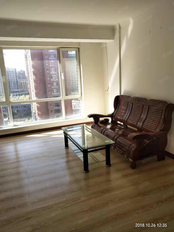 博大雅居精装2室家具家电全包取暖物业电梯