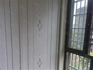 0幸福里电梯房五楼三室二厅二测一厨,117平方,急售60.8