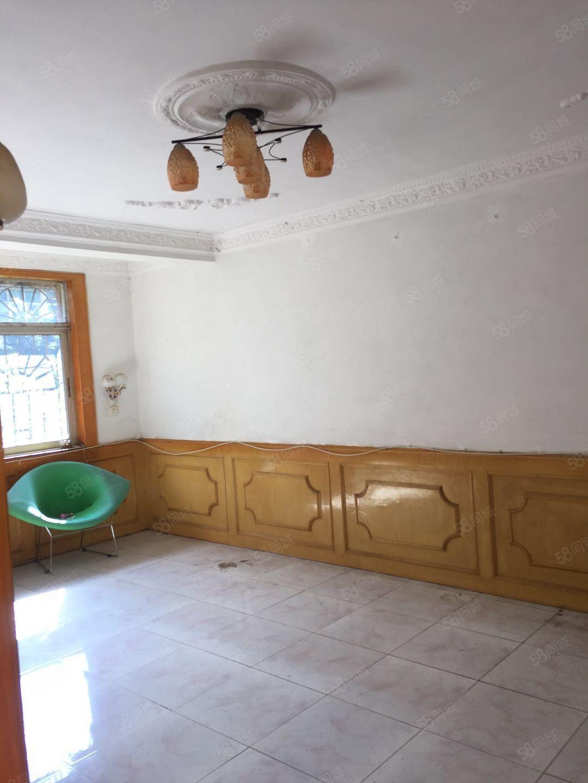 文山阳光外滩安居小区3室2厅1卫120平方米年租可以做