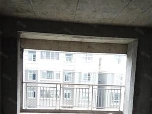 江南水乡楼王电梯房中层,只要3580一平方,先到先得!