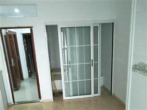 竹林广场精装1室1厅1卫家私家电齐全