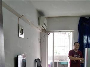 新佳坡单身公寓,设备齐,送宽带,送,三楼