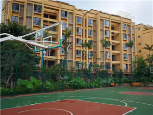 《华宇卧龙府》1楼带花园高端配套小区环境绿化好
