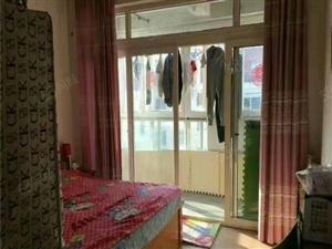 升平新城,5楼58平套一厅精装双气1400元/月基本家具家电