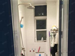 益民街东段2楼2室带两个空调家电基本齐全干净套房