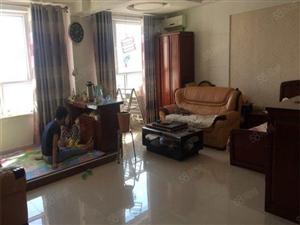 远诚地产中环大商新玛特楼上一居室超大客厅真实图片拎包即住