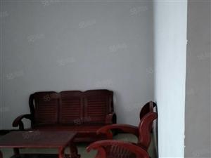 宏源市场边园林苑三室房屋出售,中装,双证齐全