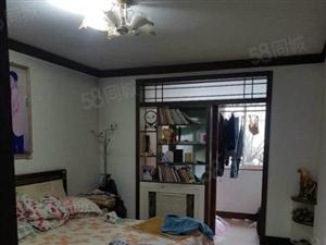 庆西3室2厅1卫,带23地下室,带家具家电出售。